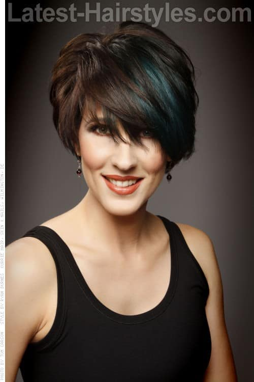 30 Superb Short Hairstyles For Women Over 40-10