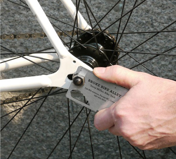 18Bike Multi-Tool Business Card-Thirty Smart and Innovative Business Cards Ideas