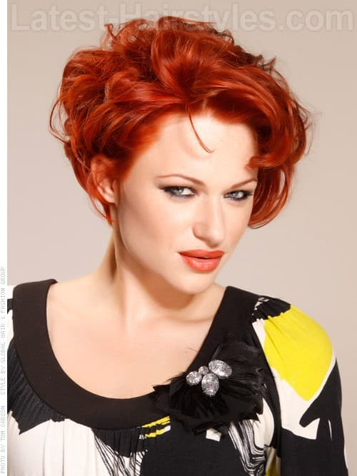 30 Superb Short Hairstyles For Women Over 40-20