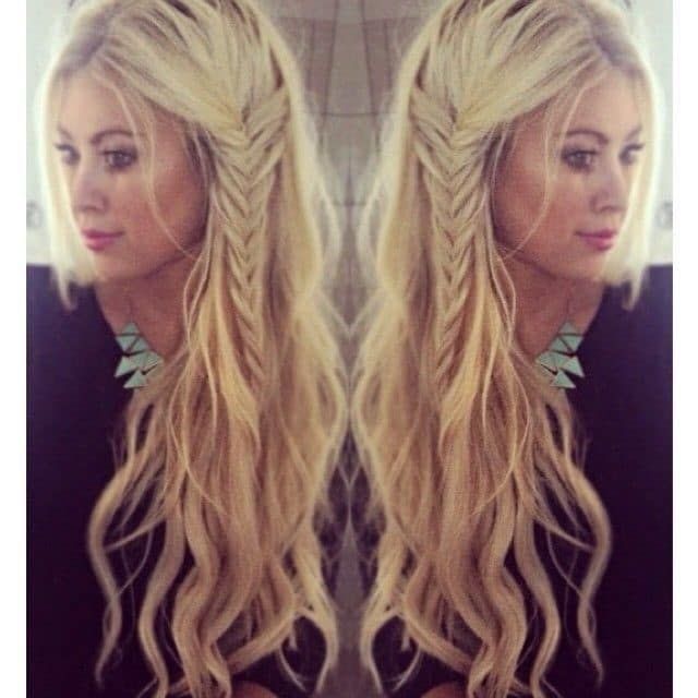 Beach Wave and Side Fishtail-Best Hairdo Ideas for Busy Young Women-7