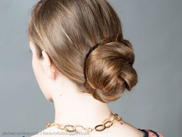 Low Chignon-Best Hairdo Ideas for Busy Young Women-8