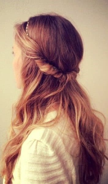 Twisted Half-Up Style-10 Hairstyles That Are Always On Style-10