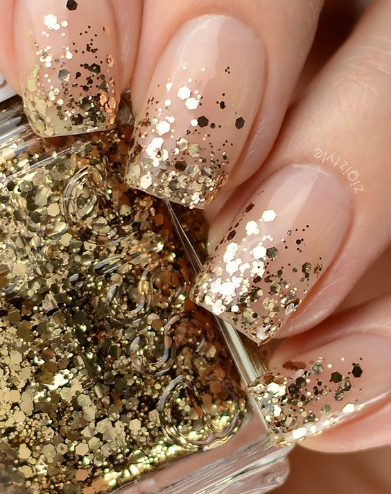 Gorgeous Metallic Nail Art Designs That Will Shimmer and Shine You Up