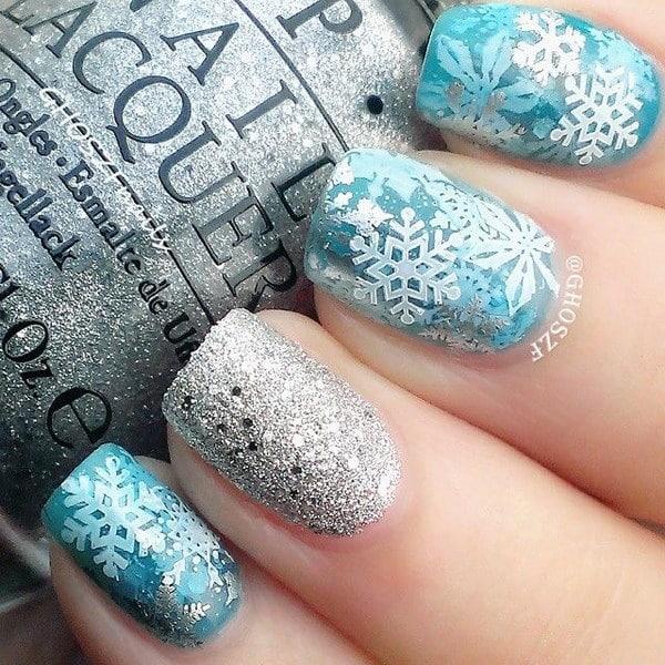 Bright and Festive Christmas Nail Art Designs For  This Season